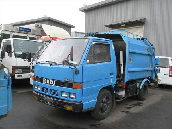 ISUZU ELF PACKER